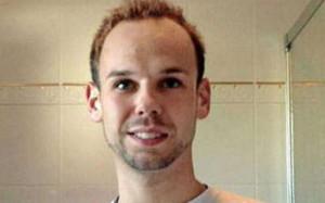 """«Andreas Lubitz, co-pilote de Germanwings qui a délibérément provoqué le crash du vol 9525 dans les Alpes françaises, tuant les 150 personnes à bord, avait été pendant 18 mois sous traitement psychiatrique. C'est ce qu'a rapporté le journal Bild vendredi dernier, citant des sources anonymes au sein de Lufthansa, compagnie mère de Germawings. Le pilote avait souffert d'une """"grave dépression"""" en 2009.»"""