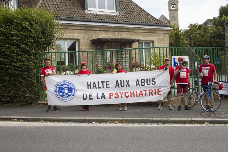 raid à vélo Paris-Rennes contre les abus psychiatriques